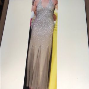 Dresses & Skirts - EXCELLENT CONDITION long gown prom dress